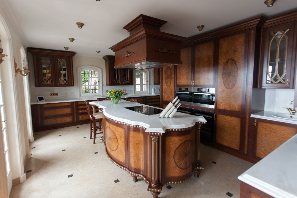 Кухня-84